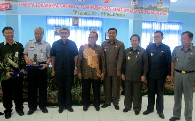Senior officials from Nias with the Vice Minister of Tourism and create economy.