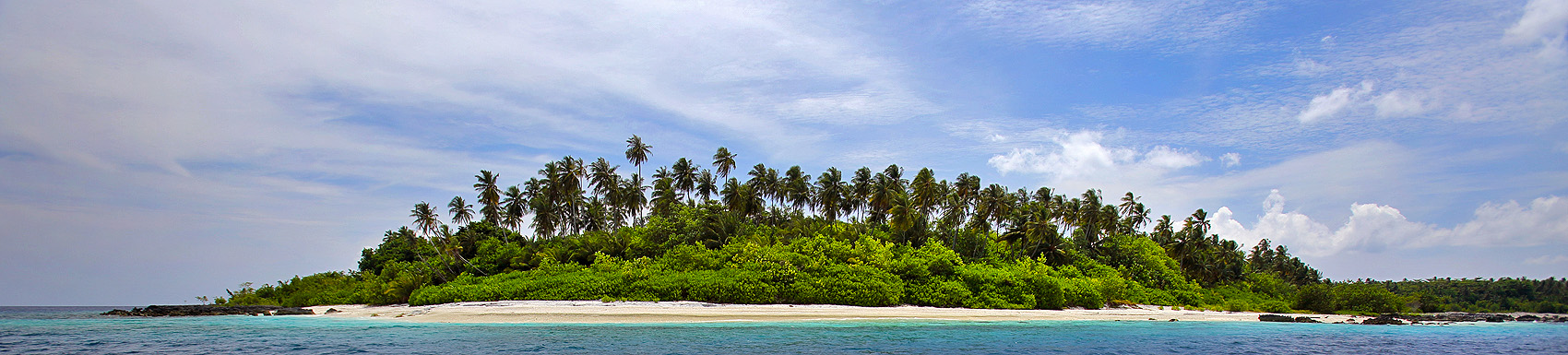Entrance to Wunga Island lagoon. North Nias (Nias Utara), Nias Island, Indonesia.
