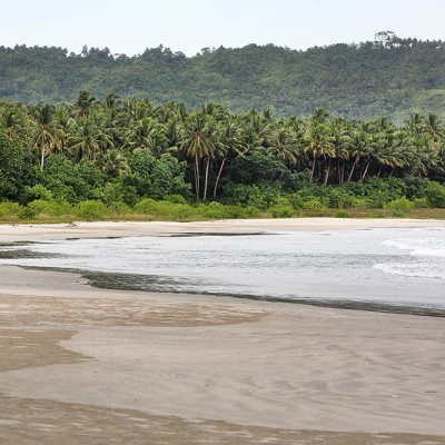 Laosi-Laosi on the west-coast of Nias Utara.