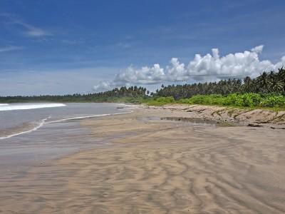 Pasir Putih Beach, Afulu, Nias Utara.