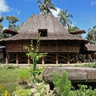 Te'olo traditional house, Tugala Oyo sub-district.