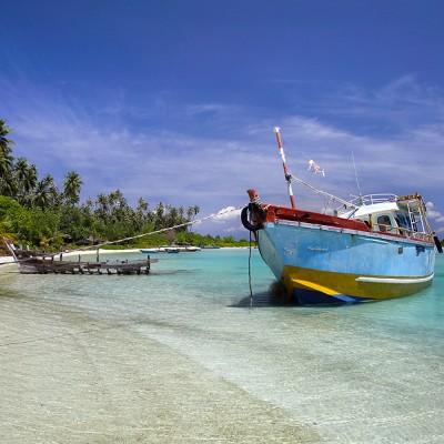 North side of Wunga Island lagoon, off the west-coast of Nias Utara.