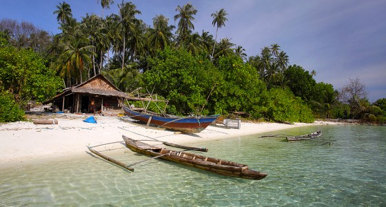 A fisherman's hut on the south side of Wunga Island Lagoon.