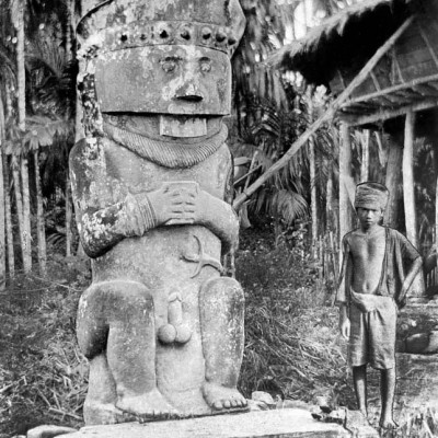 Megalith stone with human features (Gowe Ni'oniha), central Nias. National Museum of World Cultures. Collection number: TM-10000956.