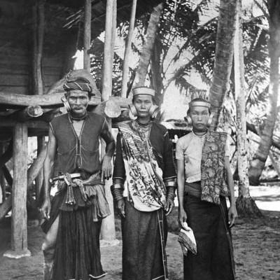 North Nias family. National Museum of World Cultures. Collection number: TM-10001840.