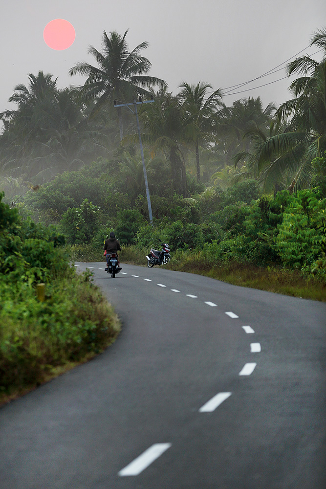 The main roads along the coast and between larger towns and villages are in good condition.