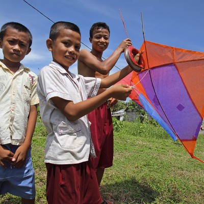Every Nias boy (and a lot of adult men) are passionate about kite flying, especially during the windy months of June - August.